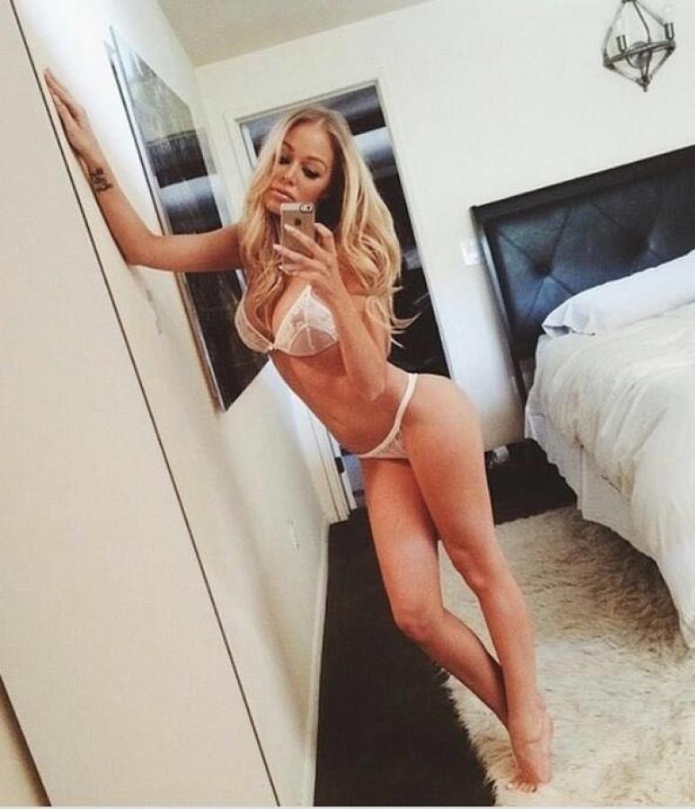 gay belli nudi escort di modena